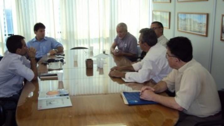 Reunião discute instalação de Terminal Pesqueiro na Ilha do Governador