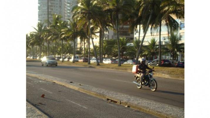 Obras mudam trânsito e prejudicam Jardim Oceânico