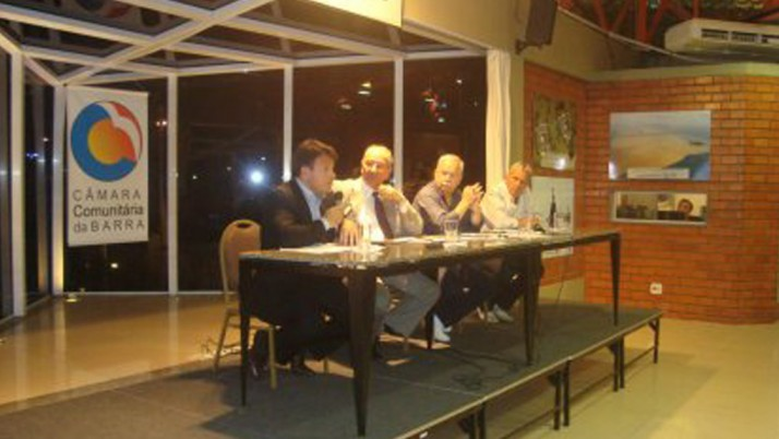 Audiência Pública discute fechamento de varandas
