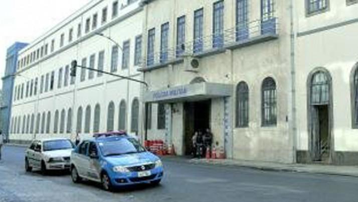 Vereador Carlo Caiado quer tombar quartel geral da PM para evitar que Sergio Cabral o venda para Petrobras