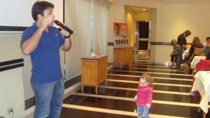 Vereador Caiado agradece os votos na eleição