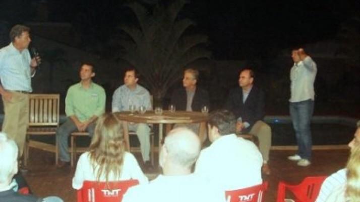 Candidatos da coligação apresentam propostas na Barra da Tijuca