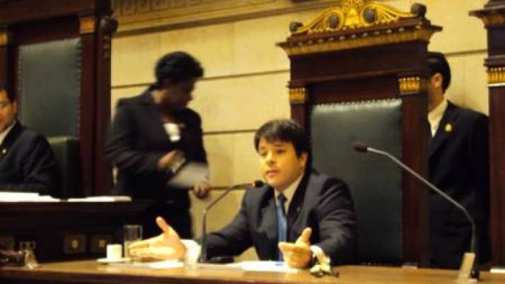 Taxa de iluminação pública é tema de audiência pública na Câmara