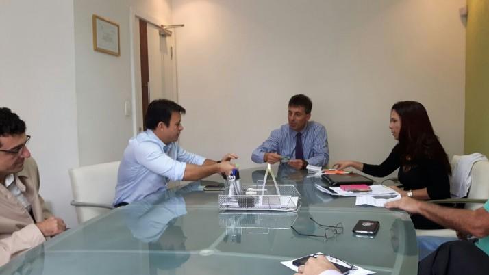 Vereador se reúne com representantes do Conselho Regional de Educação Física do Rio