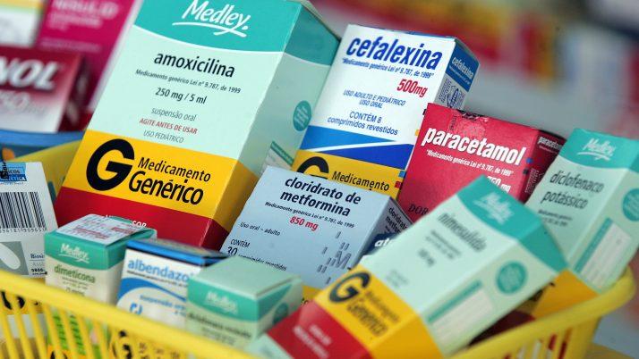 Mais transparência na compra de medicamentos