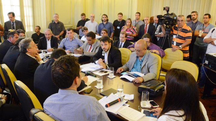 Vereador pede o cancelamento da revisão de cobrança de IPTU na Cidade