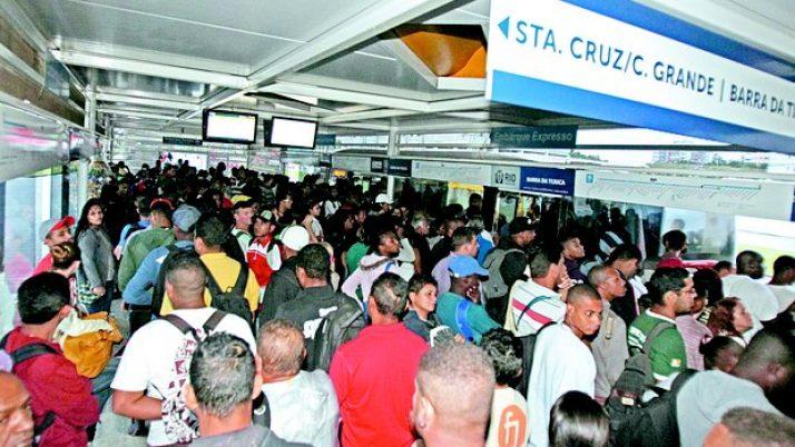 Caiado encaminha ofício ao MP solicitando apuração sobre uma série de problemas relativos ao funcionamento do sistema BRT