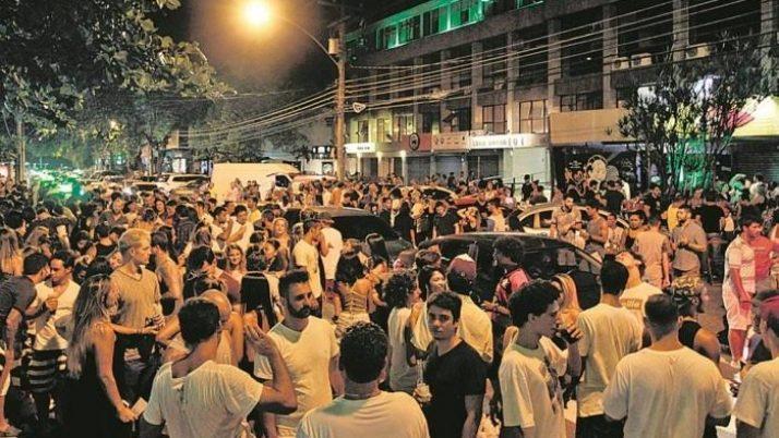Riotur responde a Caiado sobre o fechamento, aos finais de semana, de ruas no Leblon e Barra da Tijuca