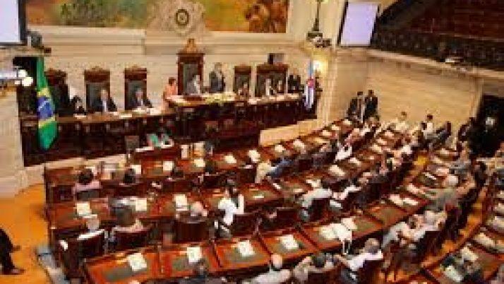 Vereador Caiado vota NÃO para o aumento de IPTU