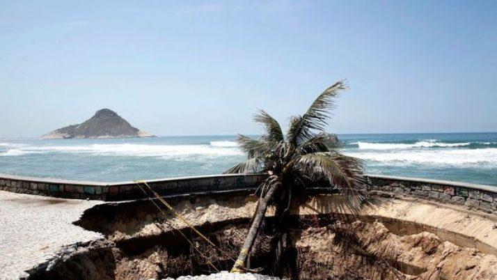 Danos ao calçadão da Praia da Macumba: Saiba o que poderia evitar isso