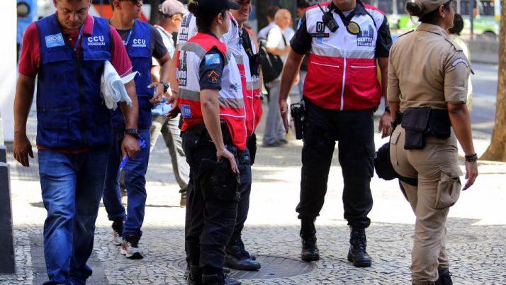 Caiado luta pelo Programa Segurança Presente em Jacarepaguá