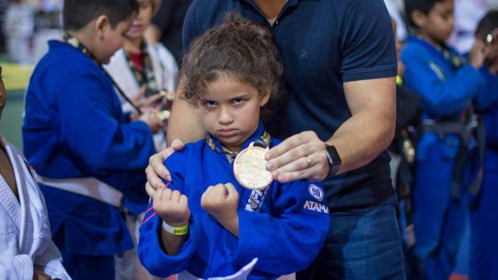 Artes marciais podem virar atividade extracurricular nas escolas da rede pública