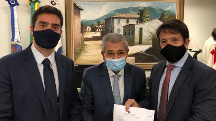 Vereadores tentam barrar venda de arrecadação futura dos royalties do município