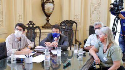 Caiado recebe grupo de médicos veterinários da Prefeitura na Câmara do Rio
