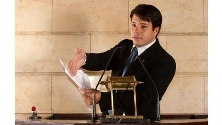 Na Câmara de Vereadores, posição firme na defesa dos direitos da população.