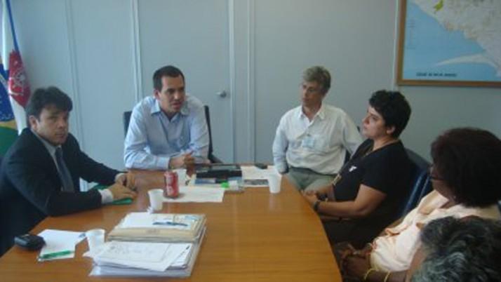 Reunião discute problemas na saúde pública