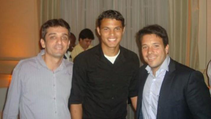 Caiado participa da inauguração da Sala de Troféus do Fluminense