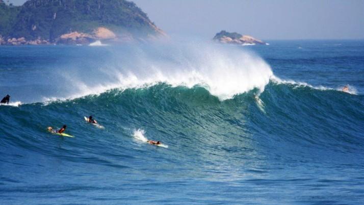 Vereador sugere construção de recifes artificiais para a prática de surfe