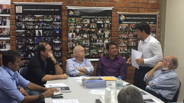 Caiado entrega Carta Aberta com demandas da região ao novo Superintendente