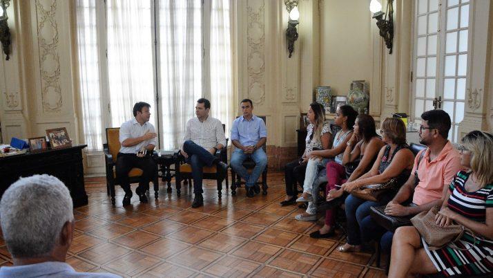 Em reunião com a Prefeitura, Caiado cobra uma solução para os problemas envolvendo o programa Ônibus da Liberdade