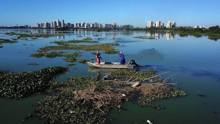 Novas ecobarreiras para o Complexo Lagunar de Jacarepaguá e Barra