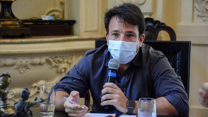 Caiado recebe demandas do Sindicato dos professores do Rio