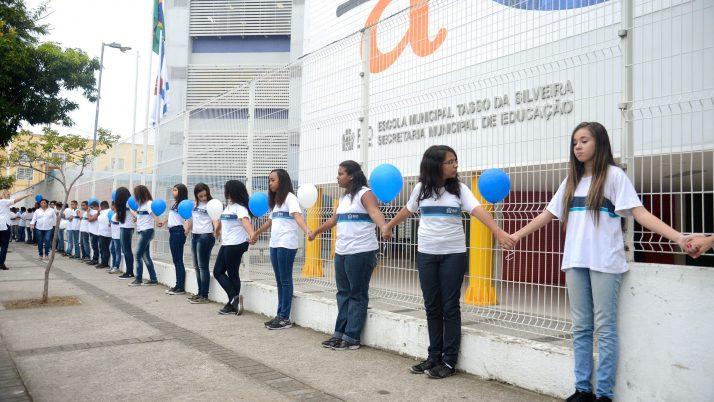 Lei garante pensão vitalícia para família das vítimas do massacre da Escola de Realengo